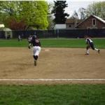 Willamette's Molly Barnes steals 2nd base
