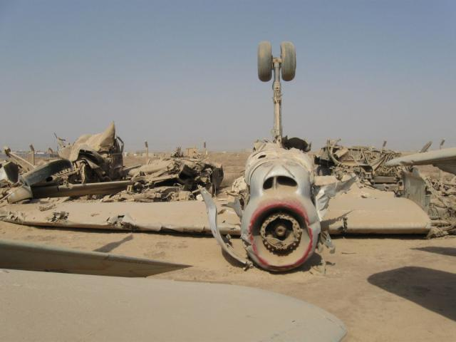 Inverted Russian biplane in Iraq